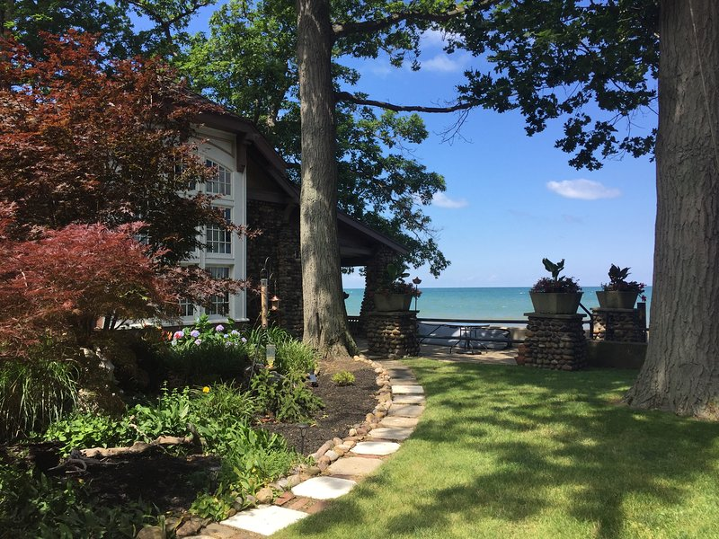 Lake Erie Beachside Paradise 1br/1ba, holiday rental in Cassadaga