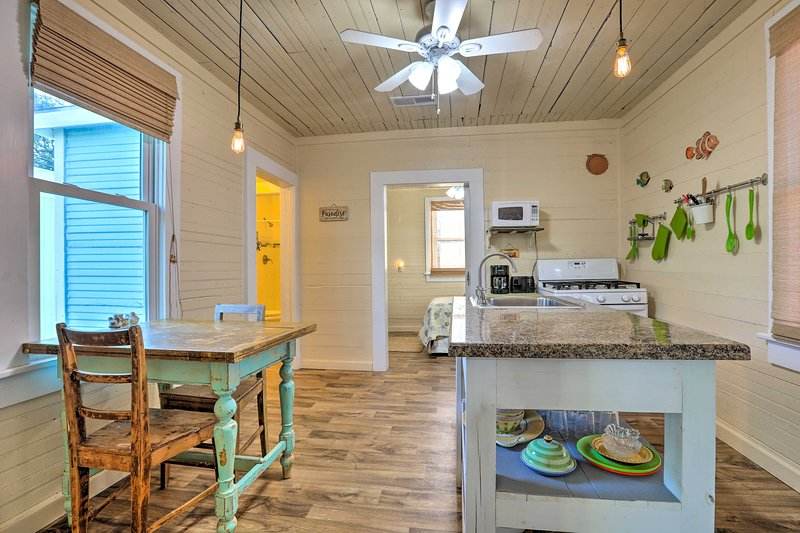 The quaint interior comfortably accommodates 4 guests.