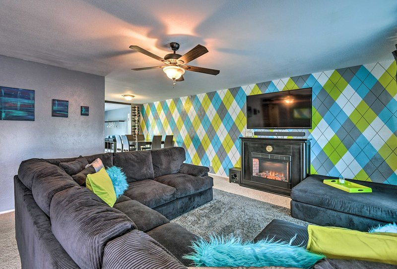 Book your Scottsdale escape to this vibrant 3-bedroom, 2-bath vacation rental!