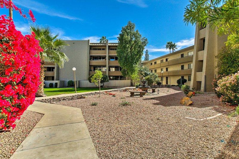 A propriedade fica a apenas 1,3 milhas da Cidade Velha de Scottsdale!