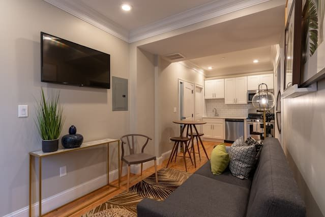 Modern 3 Bedroom North End Apt by Domio Has Air Conditioning and ...