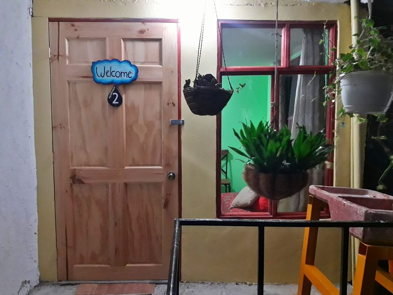 Raindrops Apartments #2 in downtown Santa Elena, holiday rental in Santa Elena