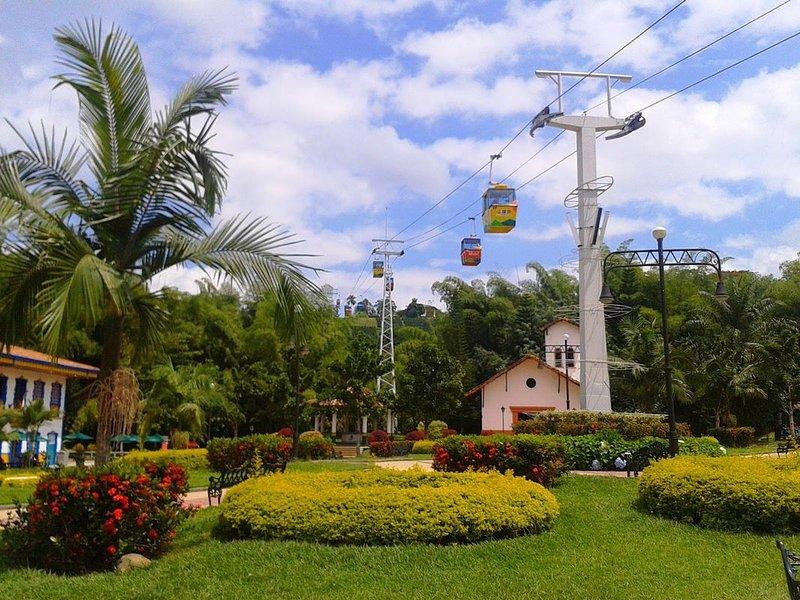 Apartamento a 2 km del parque del café, location de vacances à La Tebaida
