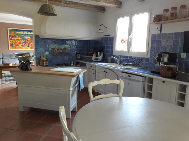KITCHEN, with automatic coffee maker