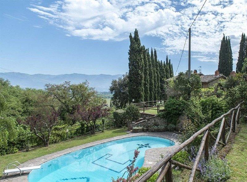 VILLA SUSI - Holiday Stay, holiday rental in Ponte Agli Stolli