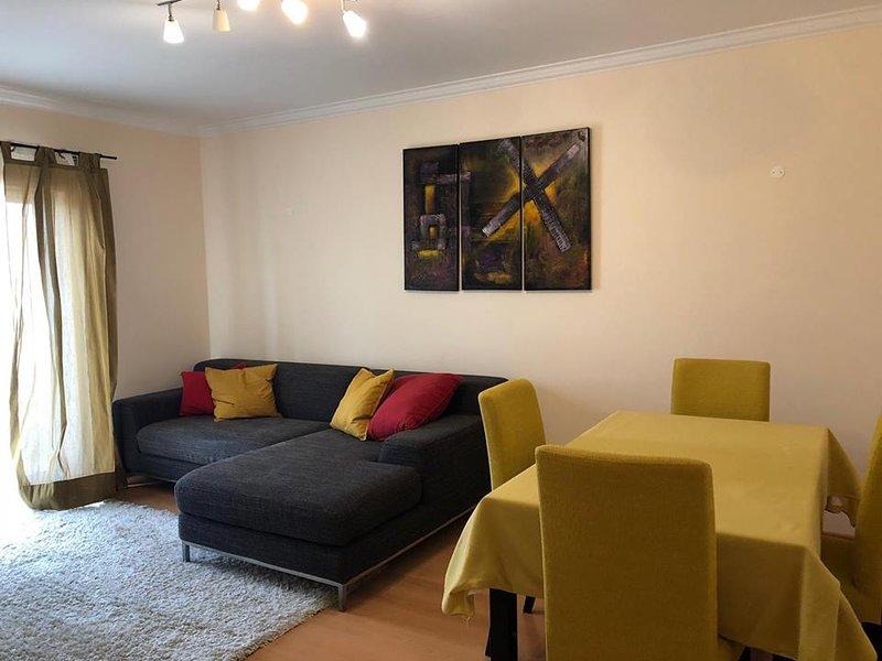 Nice apartment near the beach, aluguéis de temporada em São Pedro