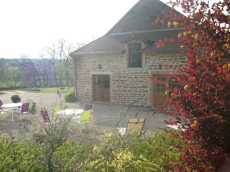 Gite&SPA en Bourgogne du Sud, vacation rental in St Boil