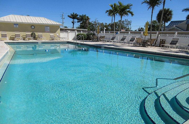Sand Caper 705 - Sand Caper Resort Größe beheizter Pool und Sonnendeck