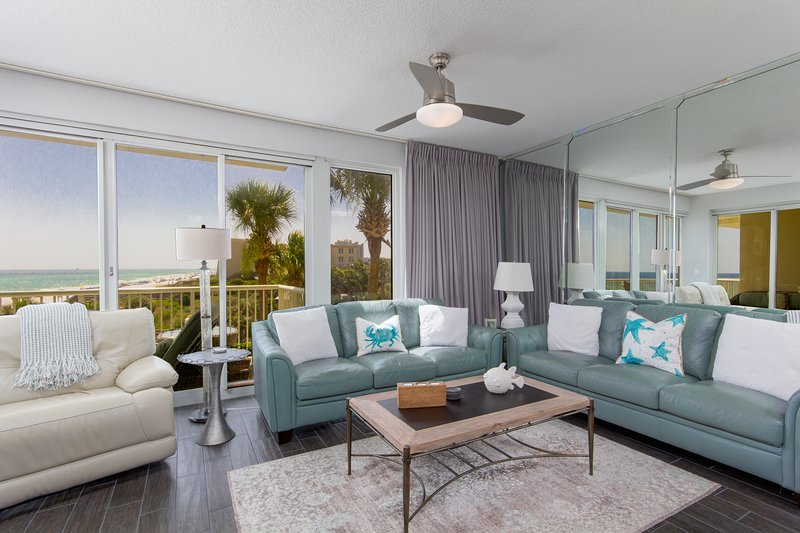 The Crescent 202-Living Room