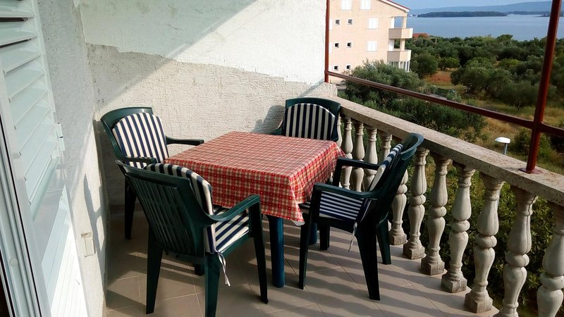 Ugrinici Apartment Sleeps 4 with Air Con - 5468052, holiday rental in Kraj