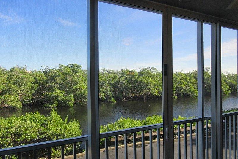 Captains Bay 102 - entspannender Blick auf das Wasser des Reservats, Heimat vieler seltener Vögel, kann Ihnen gehören