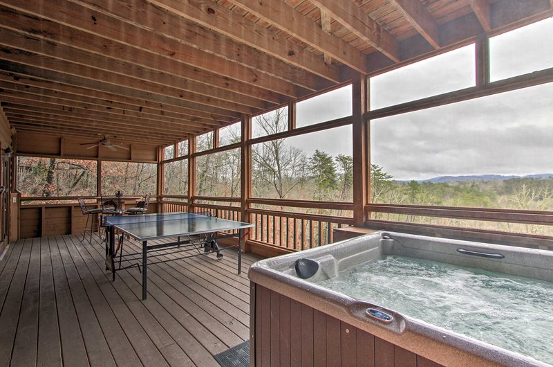 Find ideal amenities, including a hot tub at this mountain cabin!
