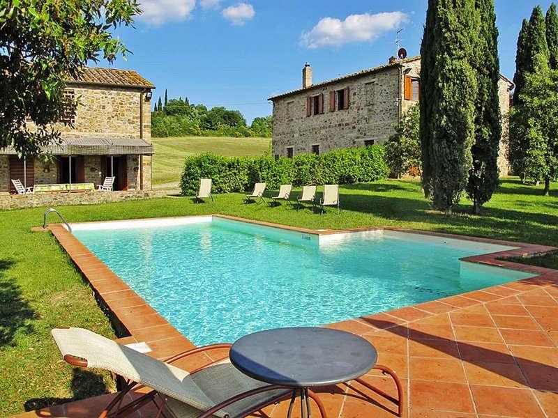 Villa Prumiano Casale e Fienile, vakantiewoning in Barberino Val d'Elsa