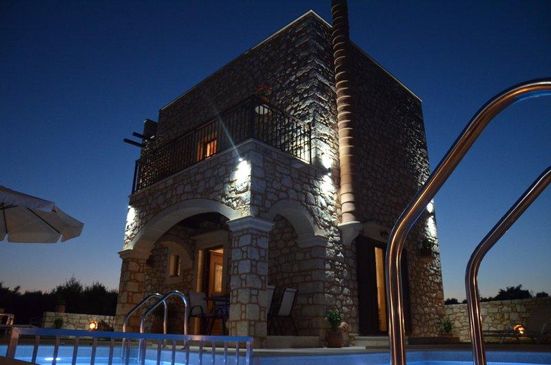 Luxury Villa Marvi, alquiler vacacional en Roumeli