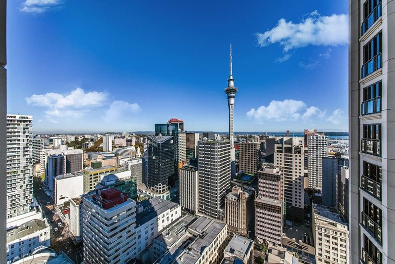 Central 2 Bedroom with Free Parking, holiday rental in Auckland Central