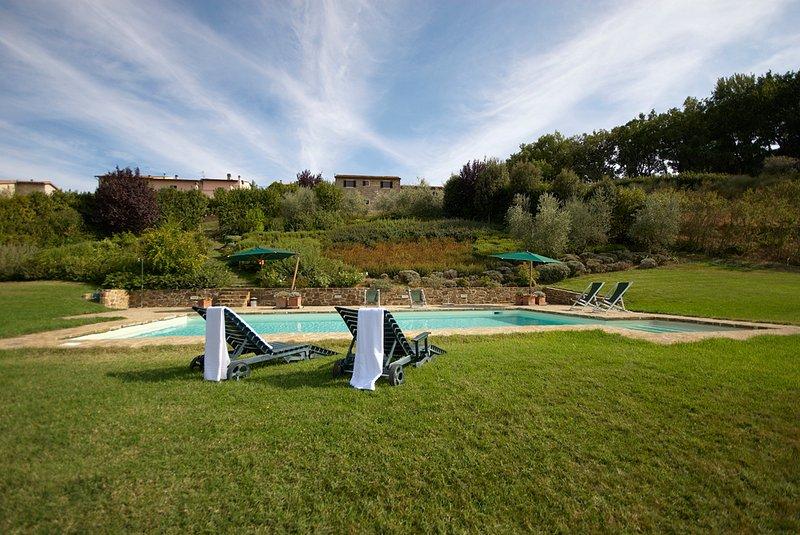 SAN BARTOLO FIENILE APPARTAMENTO, Ferienwohnung in Barberino Val d'Elsa