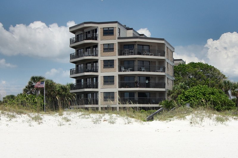 Gulf Strand Resort consistently wins awards of excellence by Trip Advisor and votes SPB #7 in USA!