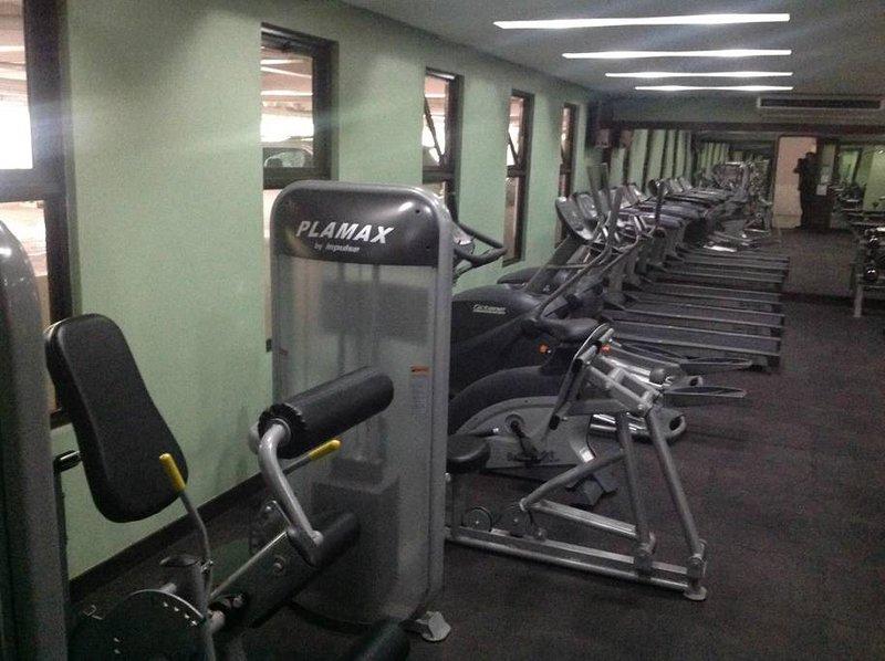 Resort Type Asian Boutique 2BR Condominium, holiday rental in San Juan