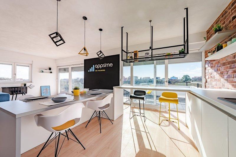 3 rooms flor family apartmet, holiday rental in Bibinje
