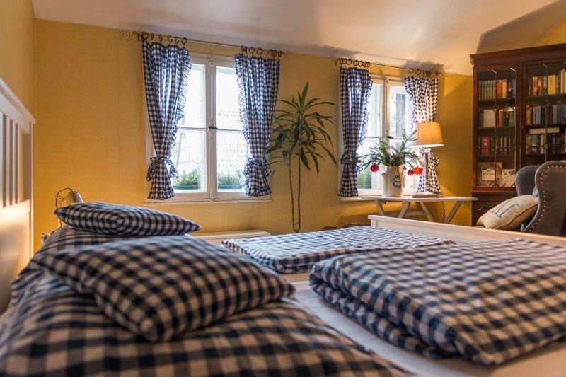 Altes Forstamt im Teutoburger Wald - Ferienwohnungen, holiday rental in Bad Lippspringe