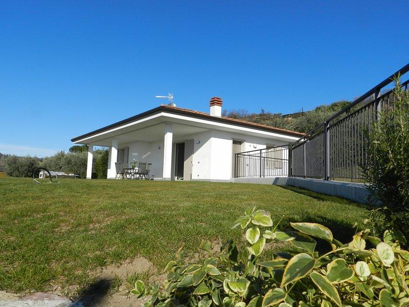 VILLA ALBA, holiday rental in Bardolino