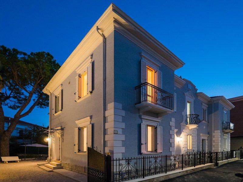 Villa Tozza - Residenza d'epoca - B&B - apartment - Casa vacanze -affittacamere, vacation rental in Scapezzano