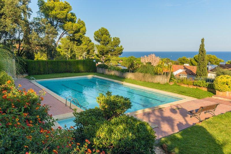 Calella de Palafrugell Holiday Home Sleeps 8 with Pool - 5246966, vacation rental in Calella de Palafrugell