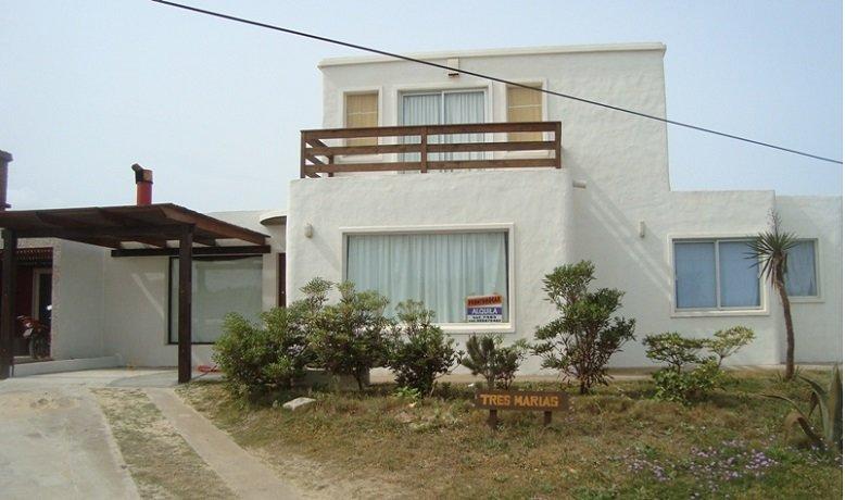 Tres Marias. Frente del Mar. Dos plantas. La Paloma. Uruguay., casa vacanza a Rocha
