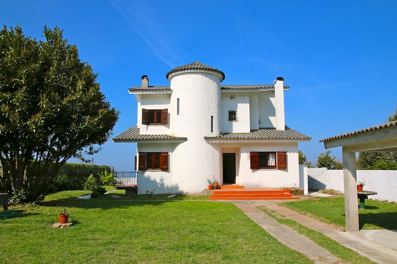 House with sea view in Afife, Viana do Castelo, vacation rental in Viana do Castelo District