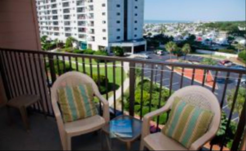 530B Ocean View Condo 6 Person Condo!!! Steps from beach!!!!, holiday rental in Surfside Beach