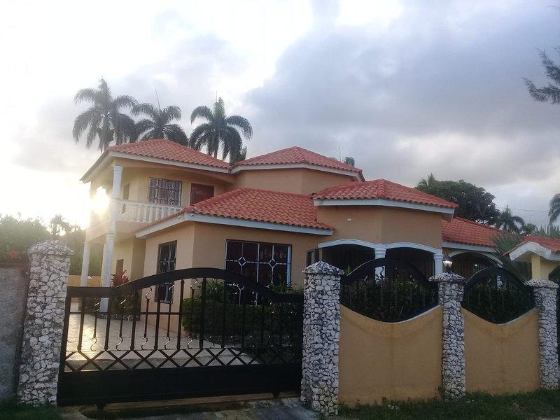 villa gloria, holiday rental in Maria Trinidad Sanchez Province