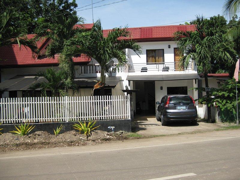 Pingaron´s Apartelle in Panglao/Bohol ca. 1,0 KM vom Strand Alona entfernt., vacation rental in Panglao