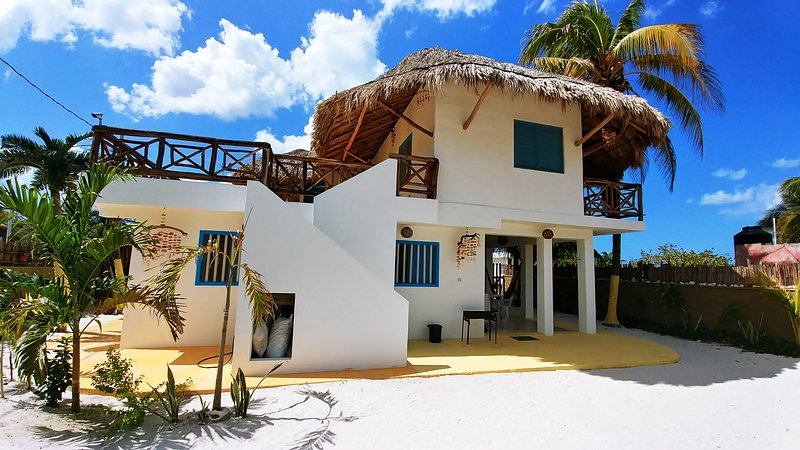 La Casa del Ritmo - ground floor apartment, vacation rental in El Cuyo