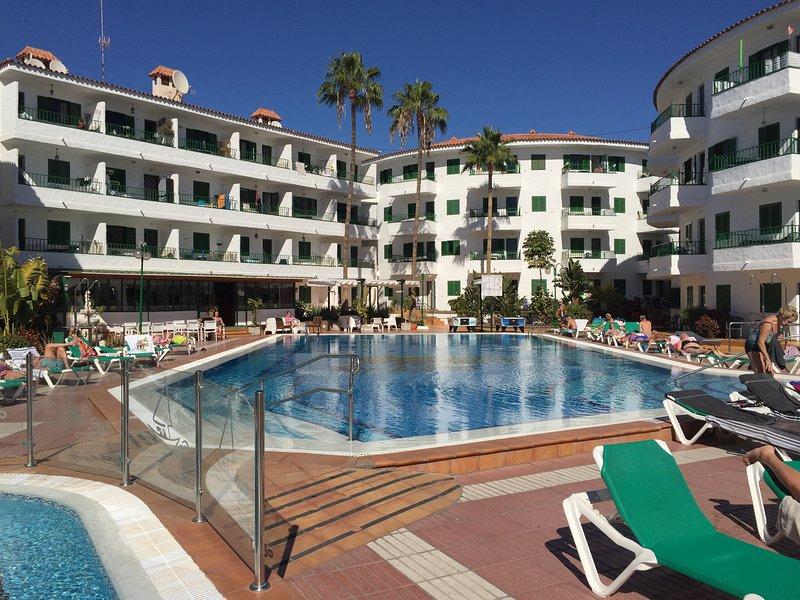Pistachio Apartment - Playa del Inglés, vacation rental in Maspalomas
