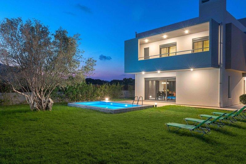 Filerimos Luxury Pool Villa, casa vacanza a Kamiros Scala