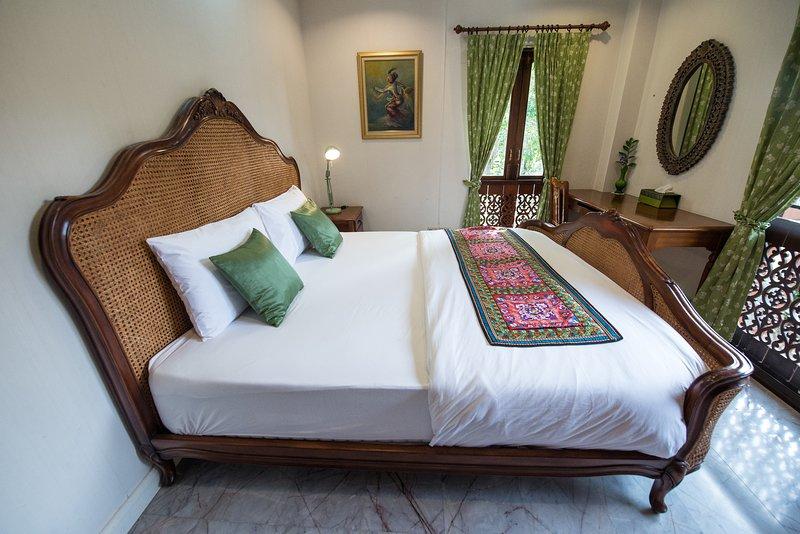 Phuttal Residence Double Room Garden View, Ferienwohnung in Ayutthaya