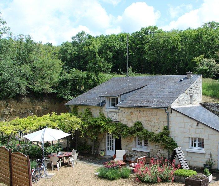 Entre Angers et Saumur, séjourner dans un gite 4* à la campagne et très calme, vacation rental in Doue-la-Fontaine