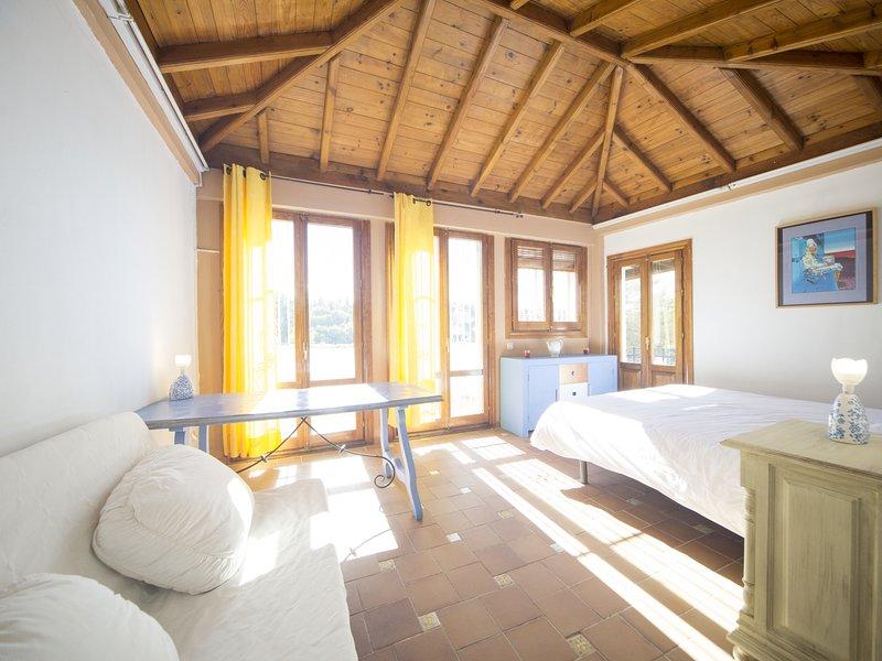 La Golondrina House - Sacromonte, vacation rental in Viznar