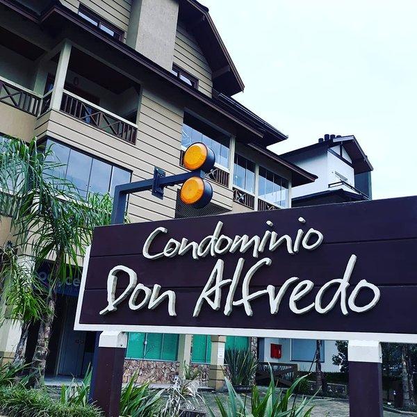 Apartamento Duplo Gramado até 35 pessoas, casa vacanza a Gramado