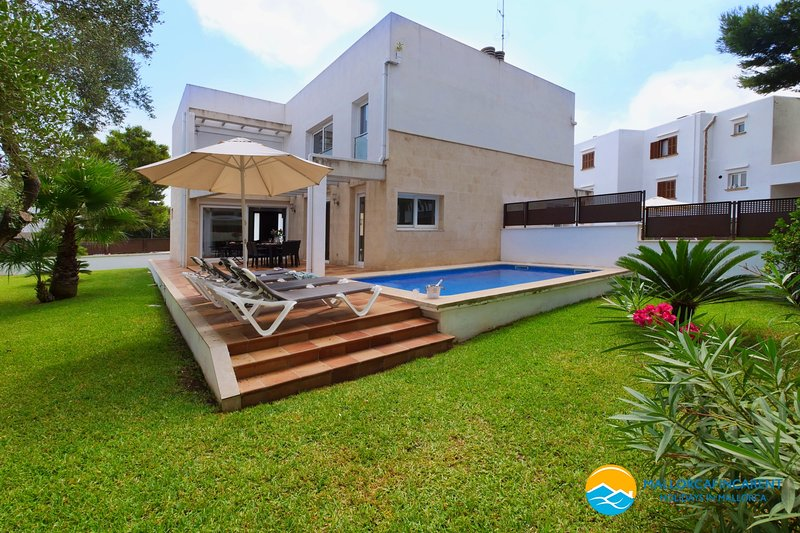 VILLA FERRERA SELECT B, holiday rental in Cala d'Or