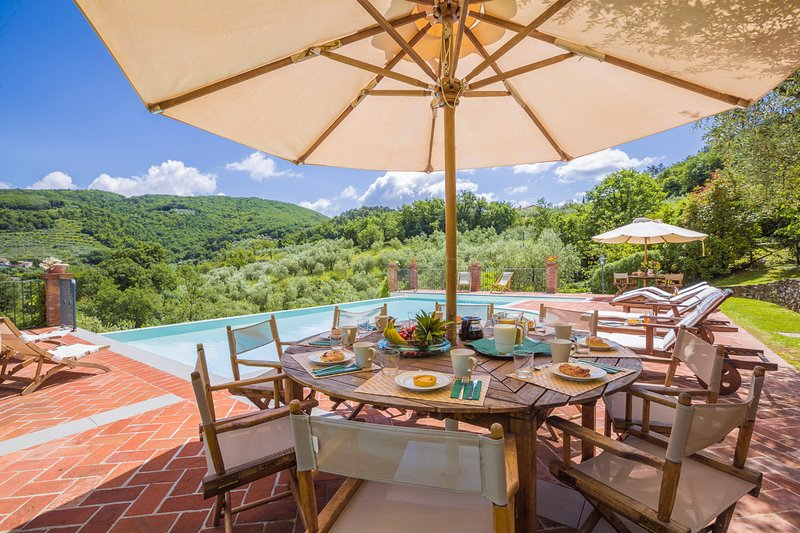 Grotta Giusti Villa Sleeps 15 with Pool and Air Con - 5747577 – semesterbostad i Montevettolini