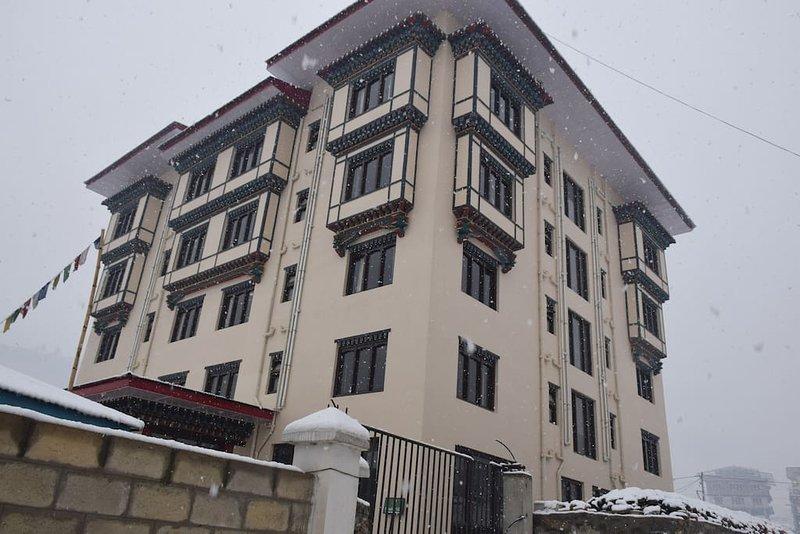 Pemaling Villa - Serviced Apartment - Standard 5, casa vacanza a Thimphu