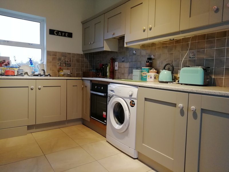 Kitchen which leads directly onto the dining area