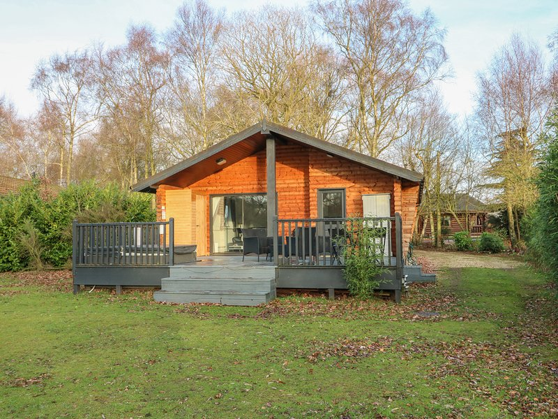 SUNSET LODGE, all ground floor, open-plan, in Tattershall, alquiler de vacaciones en Woodhall Spa