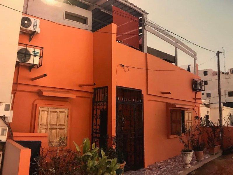 Ker Erminia 4 rooms 11 persons, alquiler vacacional en Guediawaye