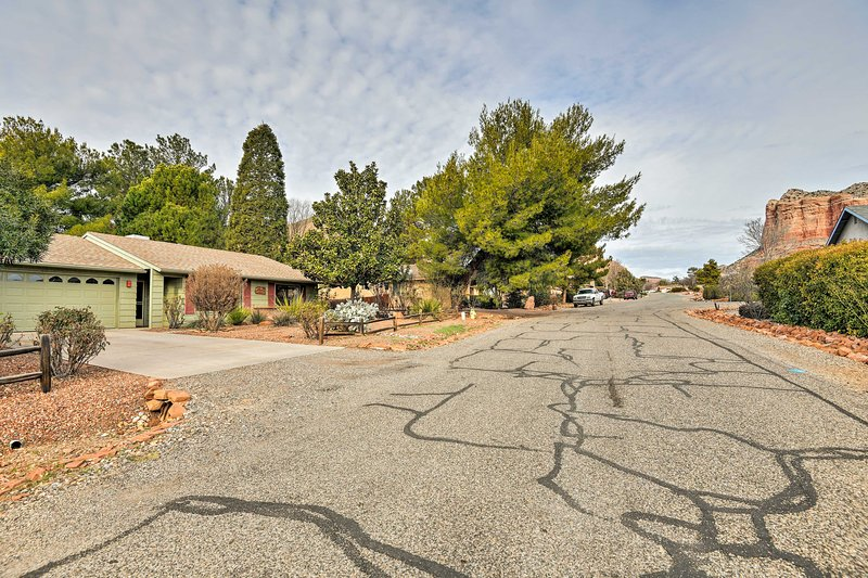 The home is in the Village of Oak Creek, right by Bell Rock & 7 miles to Sedona.
