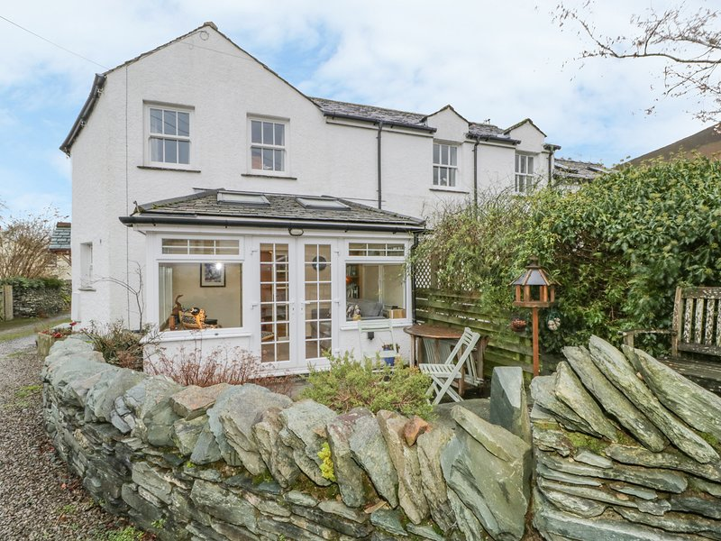 GROOM COTTAGE, characterful cottage, western lake district, stunning views, location de vacances à Cockermouth