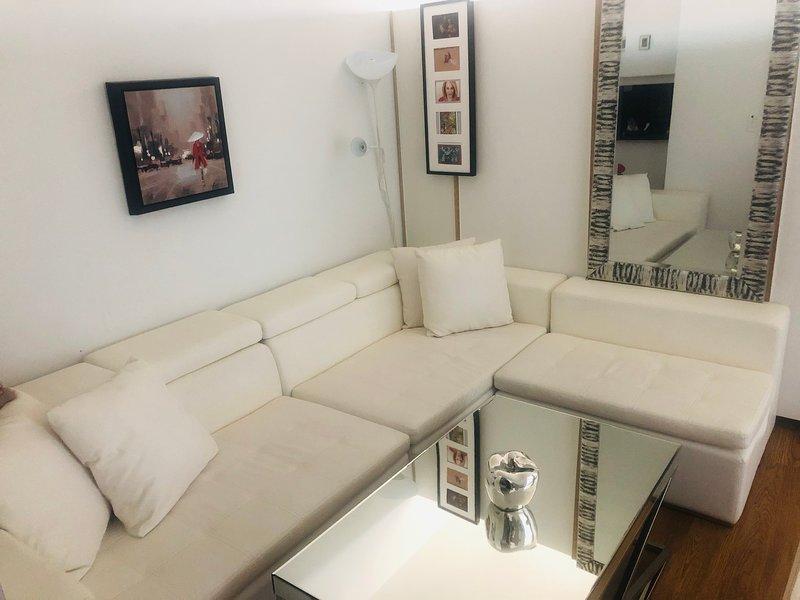 livingroom - white