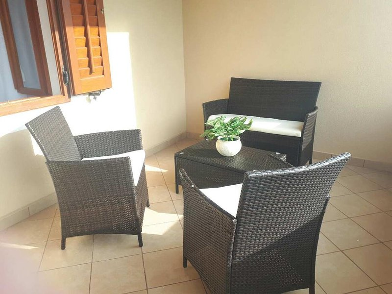 Basanija Apartment Sleeps 4 with Air Con - 5750064, holiday rental in Basanija