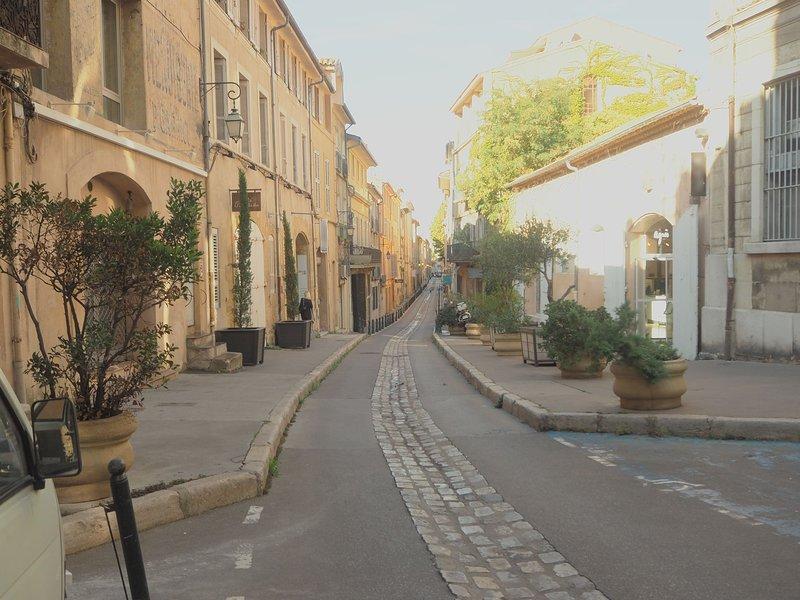 La calle peatonal en el corazón del distrito de Mazarin.